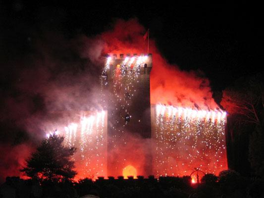 1 chateau Morlanne feu artifice tourisme nord bearn crédit CCLB