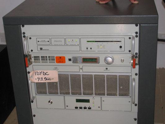 Transmitter für das Kommunale Radio Nuru FM  zur Aids-Aufklärung