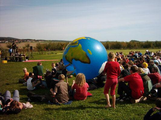 """Globales Lernen mit Jugendlichen """"open air"""""""