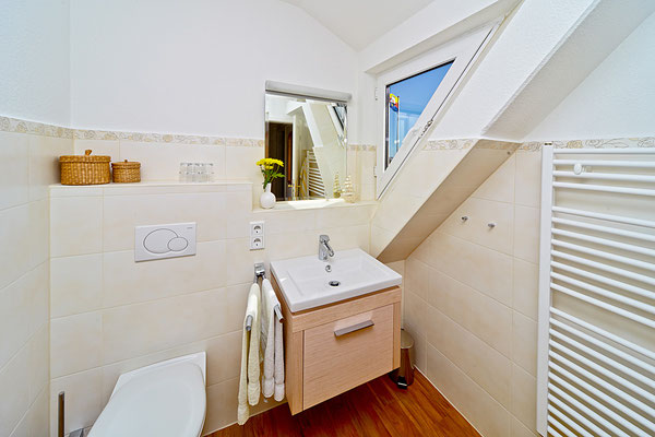 Badezimmerin der Wohnung Norderoog