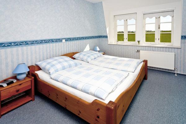Schlafzimmer zwei in der Ferienwohnung Südfall