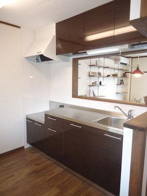 キッチンも一新!幅210cmの素敵な空間に変身