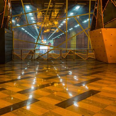 """Ausstellungs # 16 Format 60x60cm Titel """"Metro Station"""""""