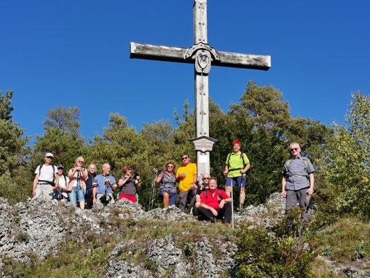 ... das Bergwachtkreuz ist erreicht ....