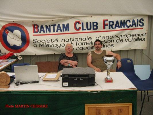 Stand du club avec Quilliet Micheline et Altemir Pierre