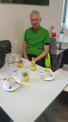 Cafe au lait und Orangina