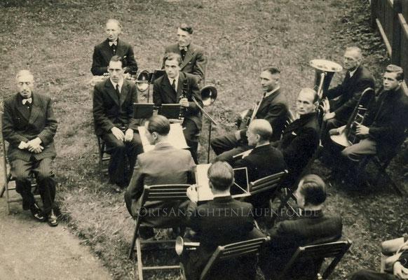 1948 anlässlich der 600 Jahr Feier - hinter der Kirche