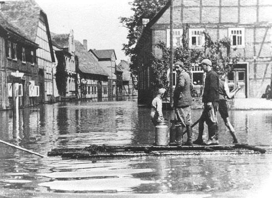 Hochwasser Ecke Hotel zur Weser