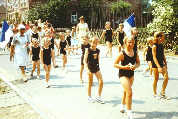 Umzug Sportfest 1970 / TG-Abteilung