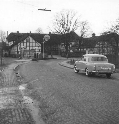 Blick auf die alte Tankstelle
