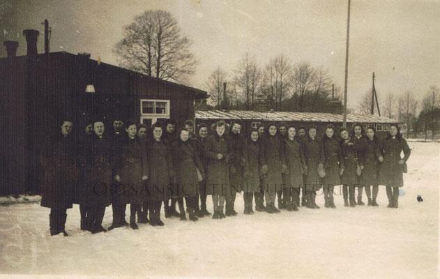 """Die """"Baracken"""" Während des Krieges wurden dort Kriegsgefangene untergebracht, nach dem Krieg dienten sie als erste Unterkunft für Flüchtlinge."""