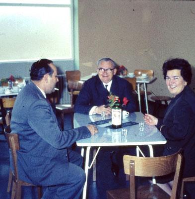 Albert Lotz und Ehepaar Haupt bei der Eröffnung