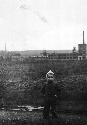 1948 Im Hintergrund die Herlag