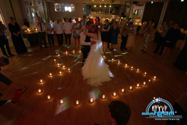 Kerzentanz einer Hochzeit in der Tanzschule Beer Bremerhaven