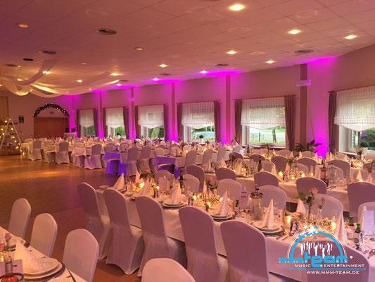 Hochzeit bei Hersemeier in Loxstedt-Hohewurth - mit unserer Ambiente Lichttechnik wunderschöne in Szene gesetzt