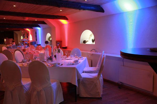 Hochzeit bei Op De Deel in Cuxhaven-Lüdingworth - hier mit Ambiente-Lichtpaket