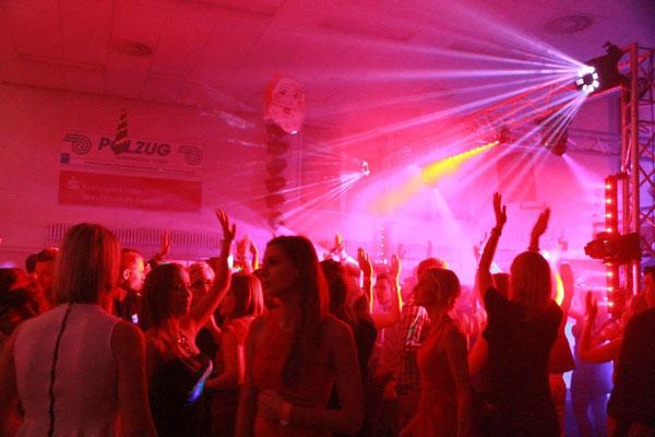 Silvester unter Freunden Teil 2 im Tanzsportzentrum der TSG