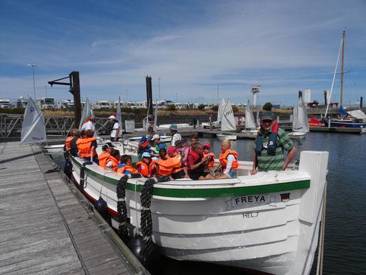 """Die FREYA  wird als unser """"Basis-Boot"""" vorbereitet, Foto: Margrit Erkner"""
