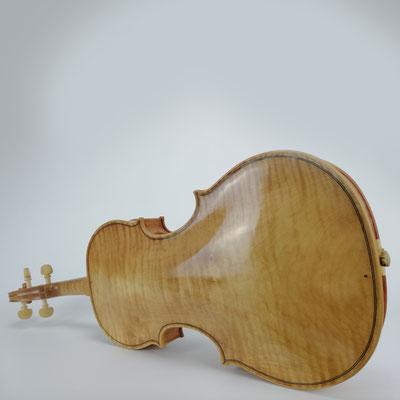 Unsere Kopien alter Barockgeigen von Jakob Stainer haben den perfekten Barockton, den man von seinem Streichinstrument erwartet