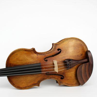 eine Violine mit unglaublich tiefem Ton und herausragendem Volumen: Nachbau der Maggini Geige before 1632