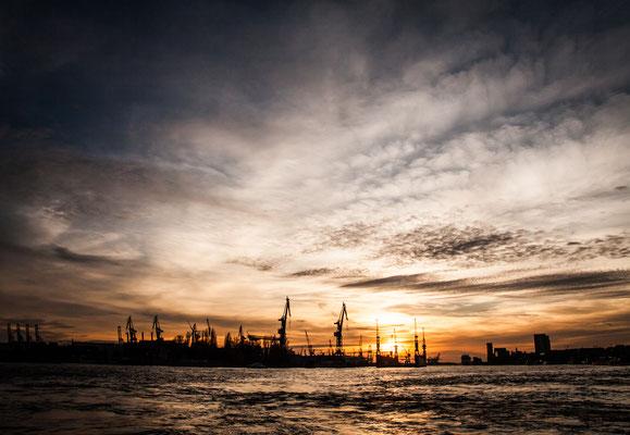Port d'Hambourg, couché de soleil