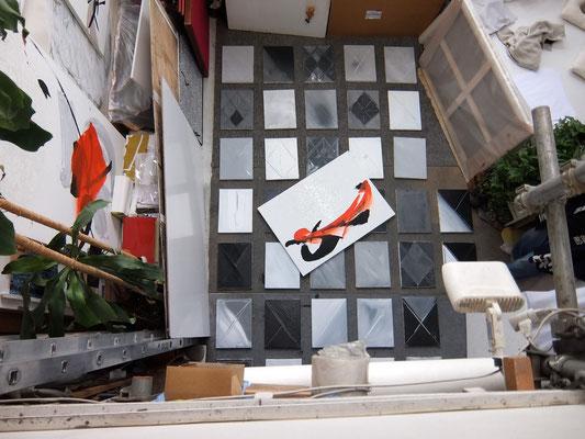 Installation dans l'ancien atelier de Picasso au Bateau-Lavoir à Montmartre