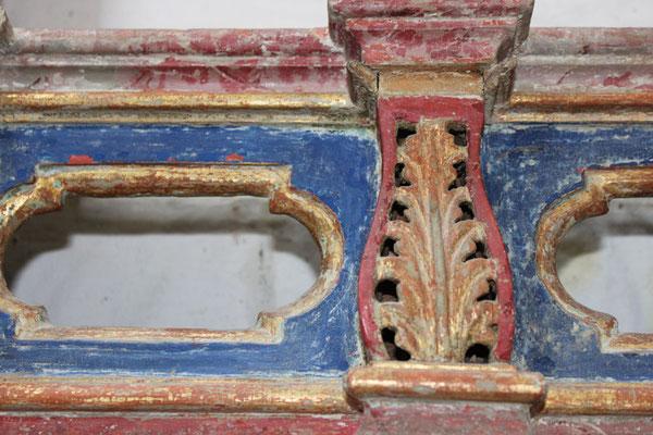 Das Holzfassen ist eine sehr alte Maltechnik. Vieles davon haben wir uns von den antiken Handwerkskünsten abgeschaut