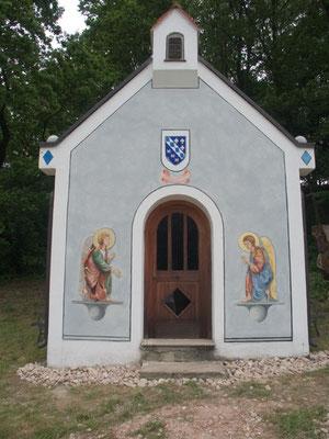 Bemalung von einer kleinen Bayerischen Kapelle
