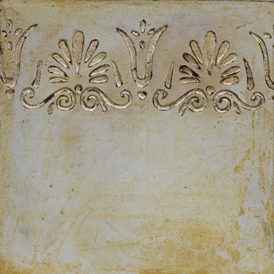 Prächtiges vergoldestes Dekor - Sgrafitto - Kalkglätte - Schlagmetall