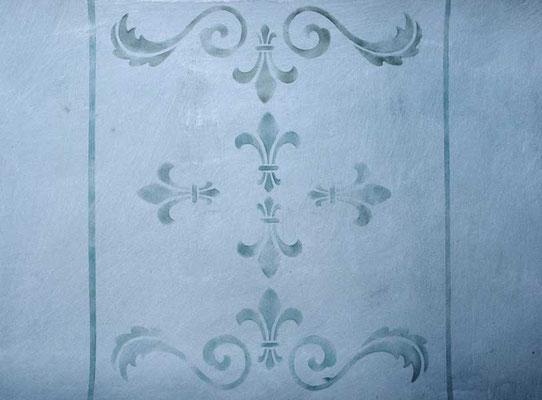 Für die Anordung der Ornamente an der Wand und ihre farbliche Gestaltung gibt es unzählige Möglichkeiten