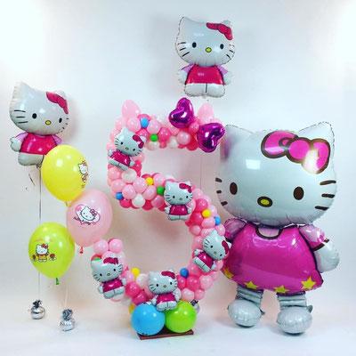 3D фигура Hello Kitty-ходяшка (передвигается от легкого дуновения) гелий 1750 р. выс. 127 см.