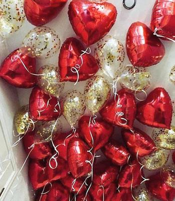Сердца по 125 р. Шары с конфетти по 95 р.