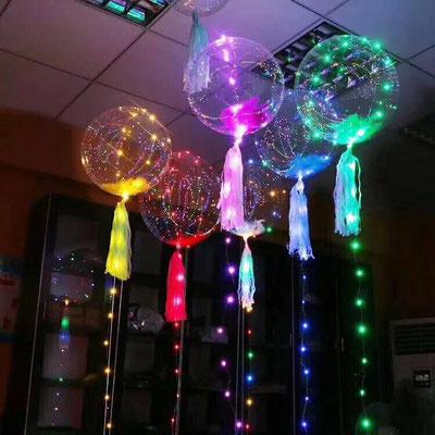 Полимерные шары 40 см со светодиодной гирляндой по 500 р. Наполнение перьями 60 р. Кисточки тассел по 30 р.