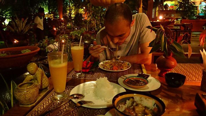 geniales Abendessen im vegetarischen Restaurant The Moon...