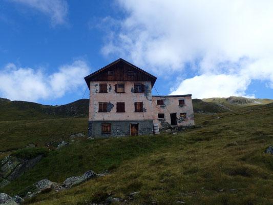 noch eine verlassene Hütte, bisschen spooky