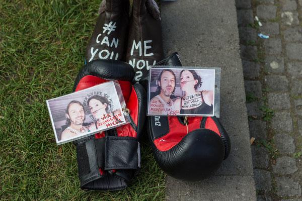 Boxhandschuh mit Botschaft von Sonja für den 12.05.2018 in Berlin: Ich bin eine von #MillionsMissing