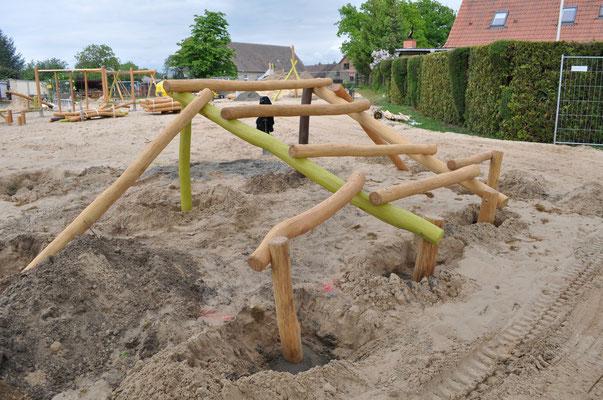 Andrea_Weinke-Lau_Spielgeraet_Tribüne_Volleyball