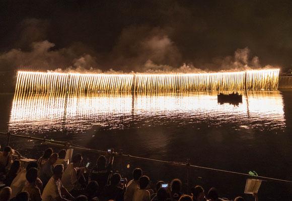 準特選:河畔を覆う閃光:伊東弘素