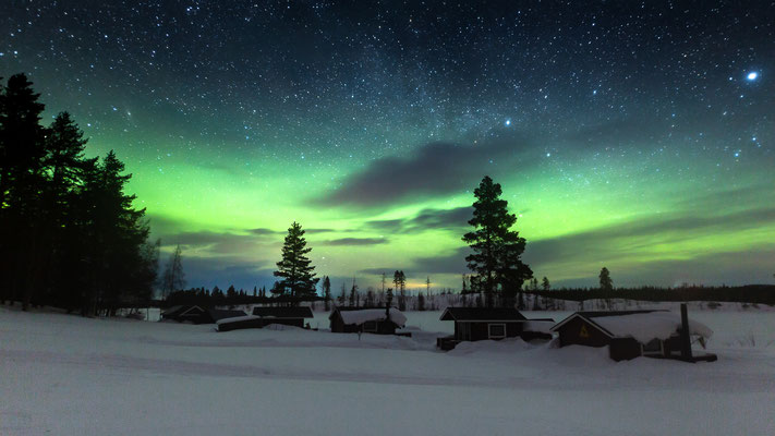 Magische Polarlichter über unserer Huskyfarm!