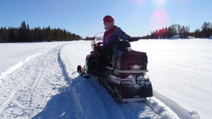 Auf Schneemobiltour