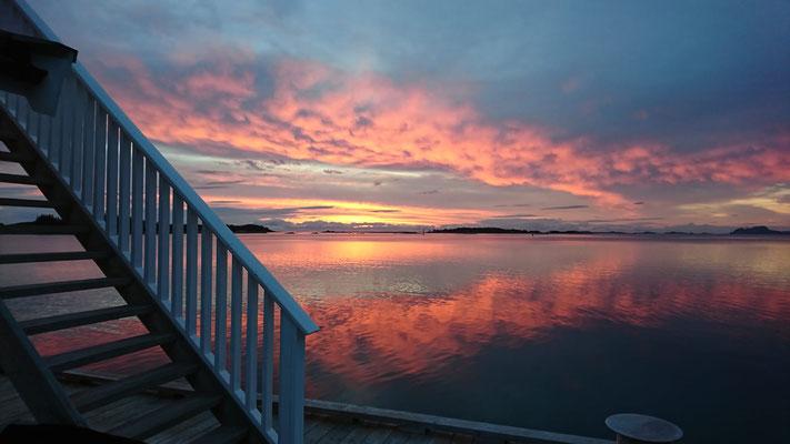 Ausblick von der Terrasse in Norwegen