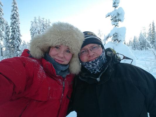 Moni und Torben betreiben die Lapplands Drag Huskyfarm im Norden Schwedens