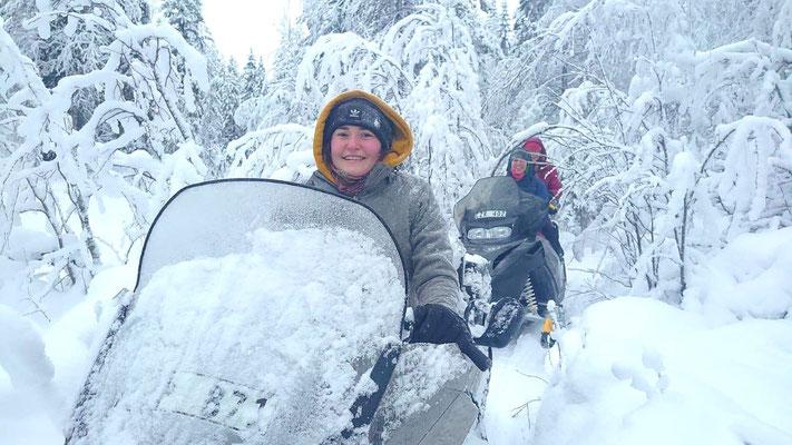 Schneemobiltour in Lappland