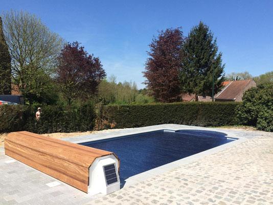 Belgische fabrikant van polyester zwembaden mattimmo for Polyester zwembad plaatsen