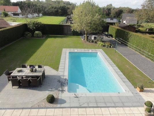 Palma piscine coque polyester 10 m tres mattimmo for Prix piscine 9x4