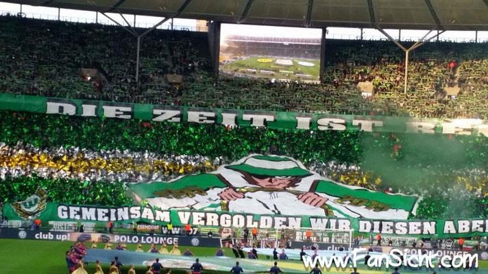 Wolfsburger Fans beim Pokalendspiel in Berlin. Foto: Lars Gächter (via Facebook).