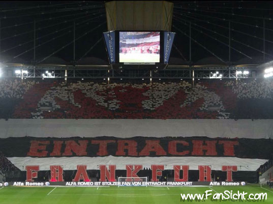 Choreographie der Fans von Eintracht Frankfurt. Foto: Julian B. (via Facebook).