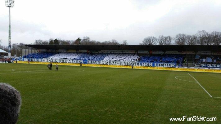 Choreographie der Fans der Stuttgarter Kickers. Foto: Daniel Scha (via Facebook).