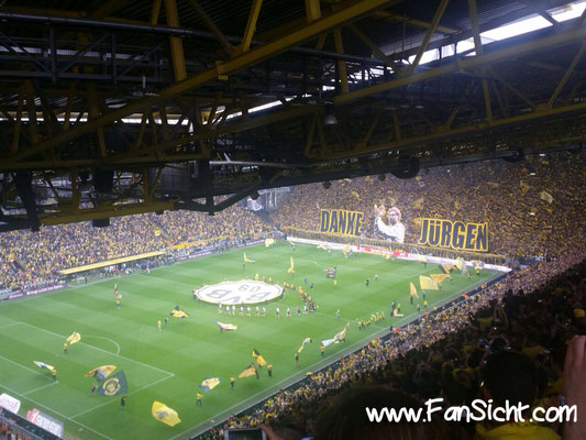 Choreographie der Fans von Borussia Dortmund. Foto: Robin Beck (via Facebook).