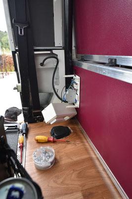 Der externe Stromanschluss für Campingplätze oder das Winterlager bekam einen überfälligen FI Schutzschalter
